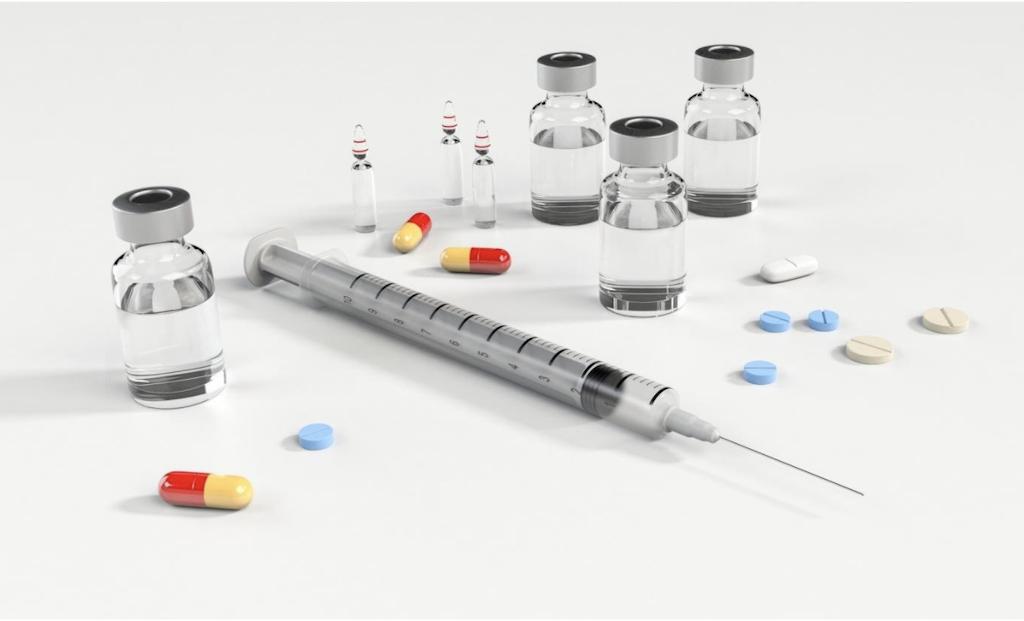 SARMs vs Steroids: A Comparative Guide