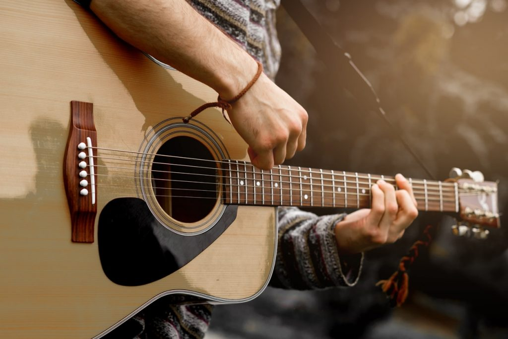 5 Free PDFs of Spanish Guitar Songs Every Beginner Should Know