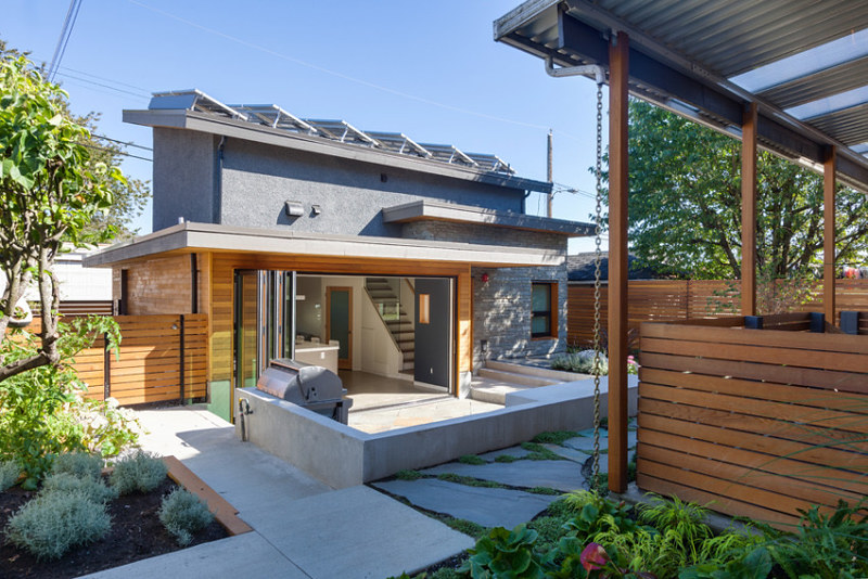 4 Astronomical Benefits of Texas Solar Powered Homes