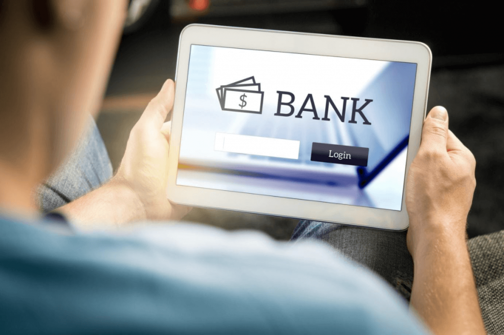 Bank Blogs: What to Know About Bank Fees and Costs